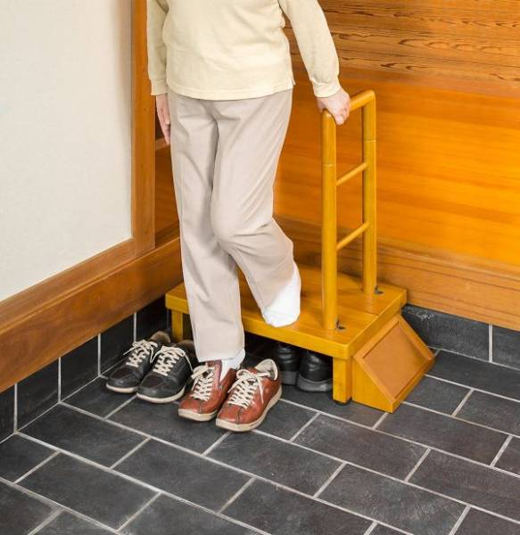 【JUNK】手すり付玄関台60cm VS-RF60③の画像2