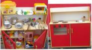 木製 ままごと キッチン 木のおもちゃ 赤 小物多数セット