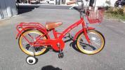 1円売り切り 補助輪付き子ども用自転車が入荷 赤の16インチです