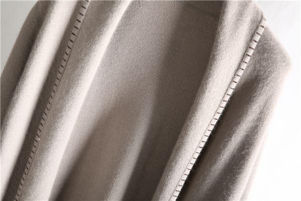 52ベルベットミンクロングショールトレンチコート248の画像3