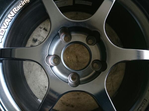 美品 アドバン RG-D マットブラック 17インチ 8J+45 114.3 5Hの画像3