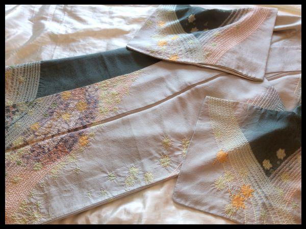 極上の逸品□正絹□滝泰□おぼろ染総絞り相楽刺繍菊紅葉柄訪問着の画像3
