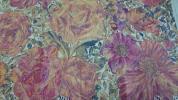【LIBERTY】リバティ タナローン ローズザンジー 大きな花柄