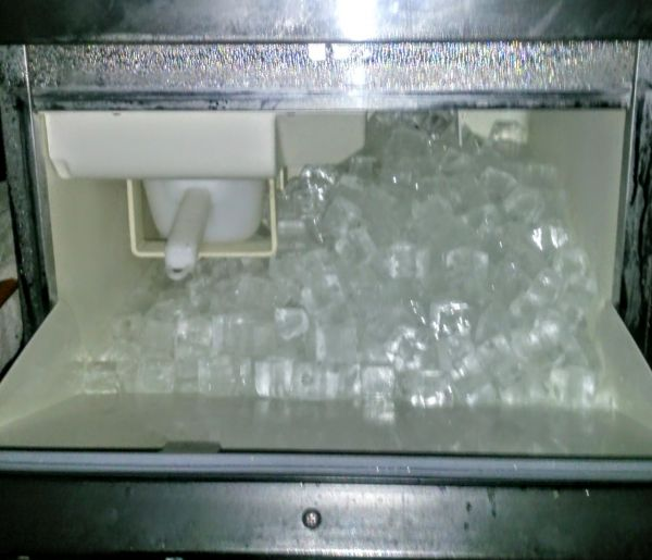 保証付 ホシザキ全自動製氷機 IM-25L-1 25Kg メンテ済中古の画像3