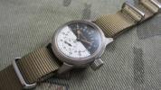 第二次大戦ブローバ軍用時計24時間白黒文字盤、後期型ケース
