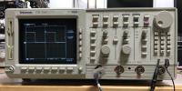 Tektronics デジタルオシロスコープ TDS520D