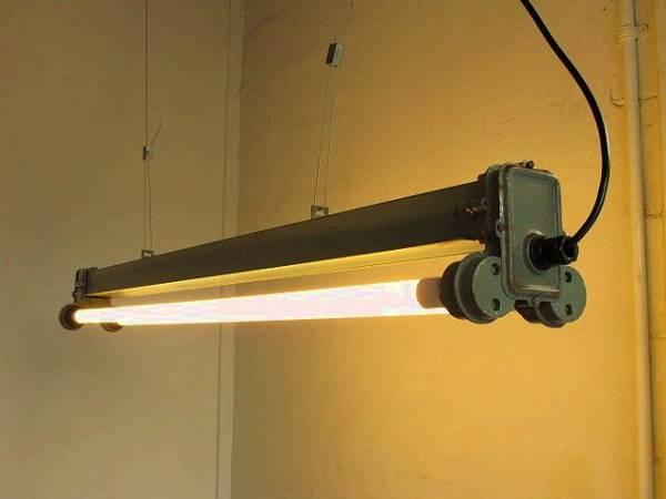 1960 ポーランド 蛍光灯 アトリエランプ 工業系 古道具 照明
