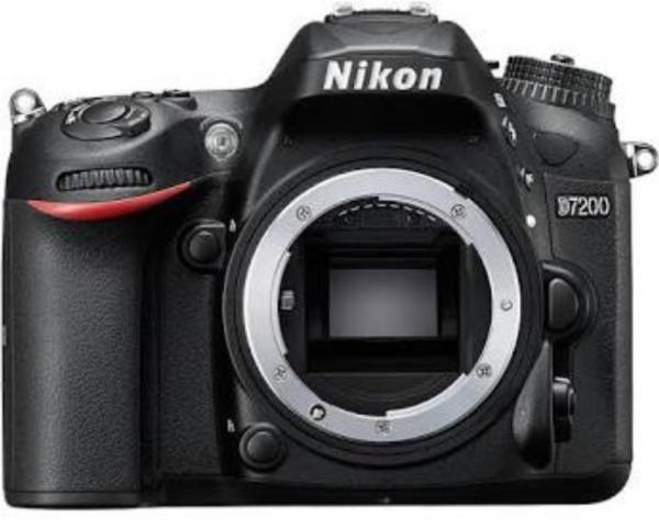 ★新品未開封 Nikon デジタル一眼レフ D7200 ボディ 保付き