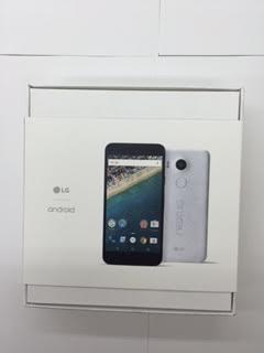未使用品★docomo・NEXUS 5X 32GBモデル★QUARTZ 価格交渉可!_画像3