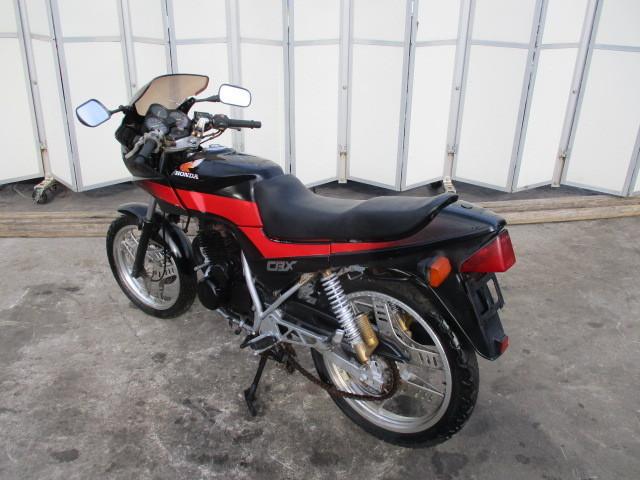 ▲5840▲ホンダ CBX250S ブラック MC12 書類なし 部品取り車 不動 愛知_画像8