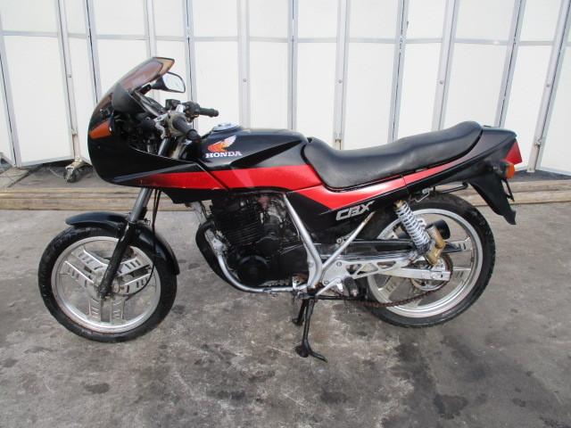 ▲5840▲ホンダ CBX250S ブラック MC12 書類なし 部品取り車 不動 愛知_画像2