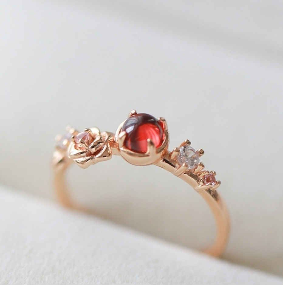 S1682 【今だけセール・数量1個】 女性 ローズゴールド フラワー リング 指輪 レディ―ス ファッション アクセサリー レッド 赤_画像5