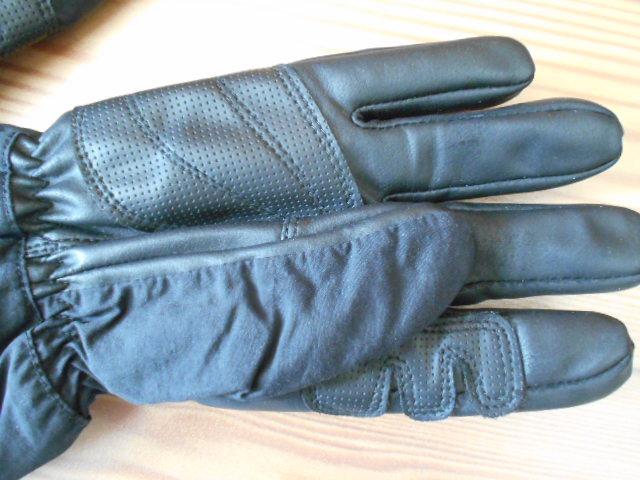 3回使用のみ ノースフェイス 合成皮革の薄手スノーグローブ スキーグローブ スノーボードグローブ Sサイズ _画像6