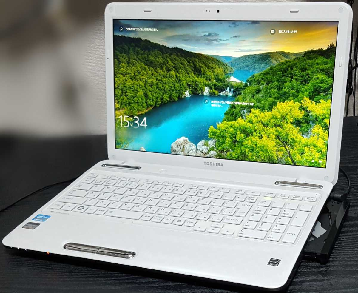 m38 コスパ◎起動約10秒(^o^)爆速【Core i3 メモリ8GB SSD新品360GB】dynabook Win1O Off