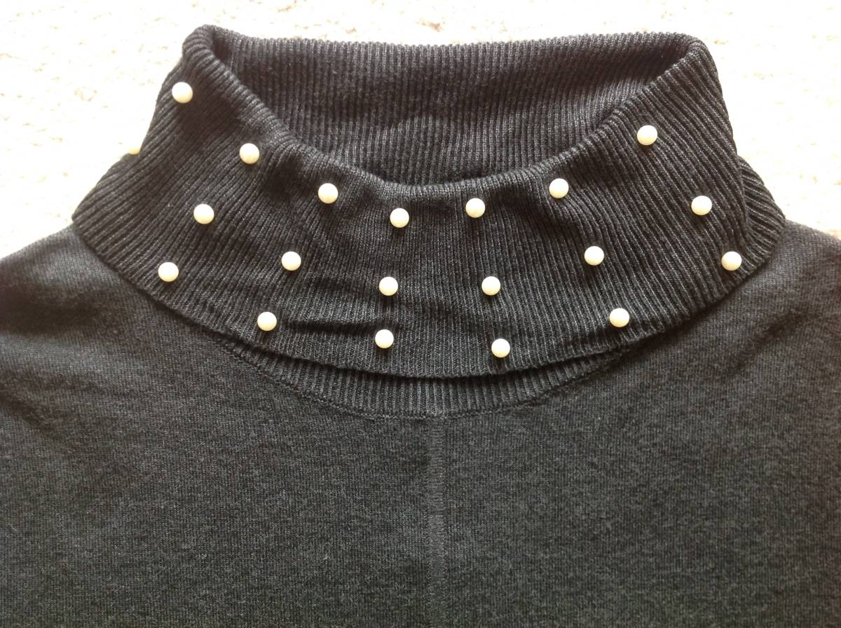 Karl Lagerfeld Paris今季新品M♪チャコールグレーパールネックニットセーター_画像4