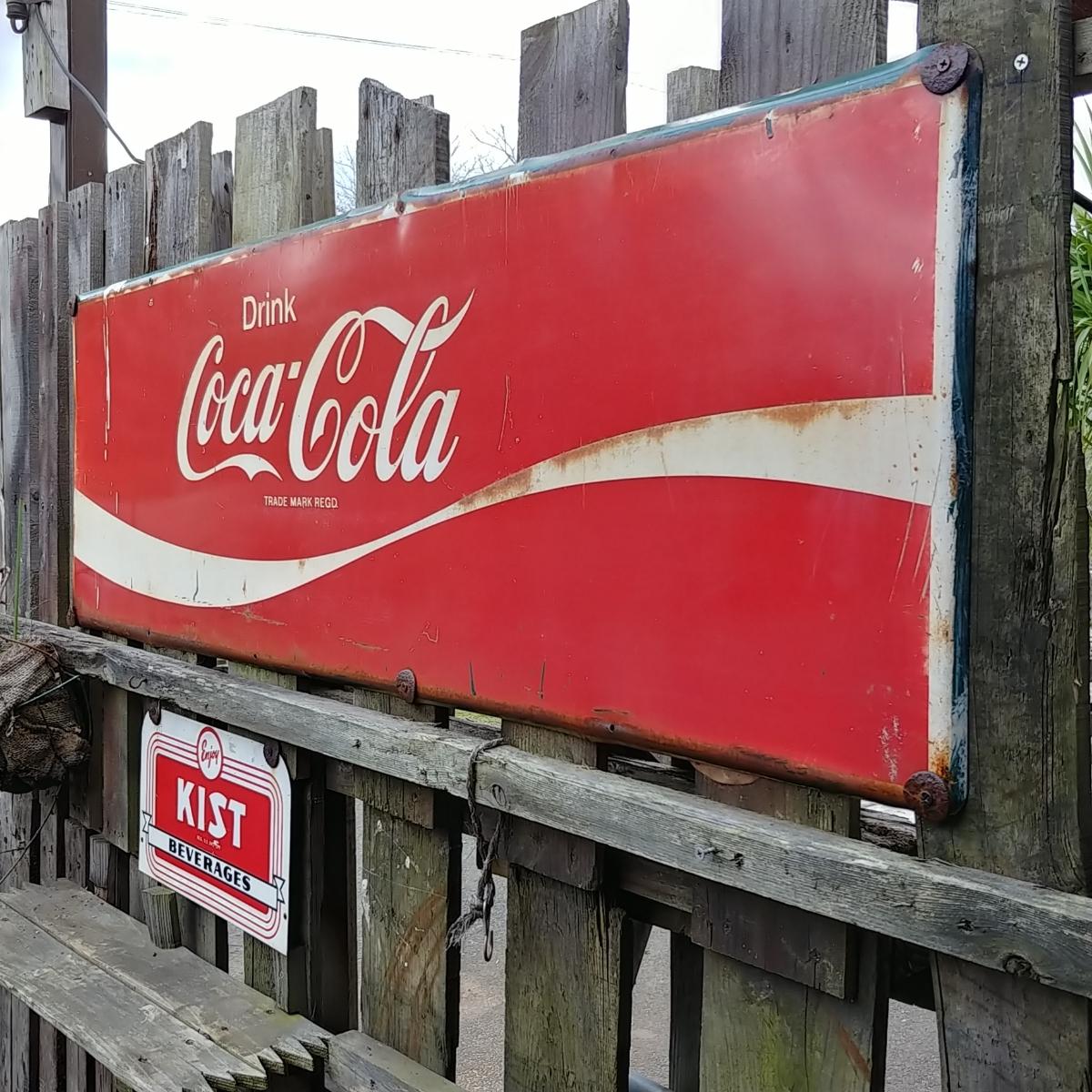 ☆AMERICAN VINTAGE SING☆Coca-Cola (コカ・コーラ)大型 フロント看板(非売品)#店舗什器#世田谷ベース #ガレージライフ_画像10
