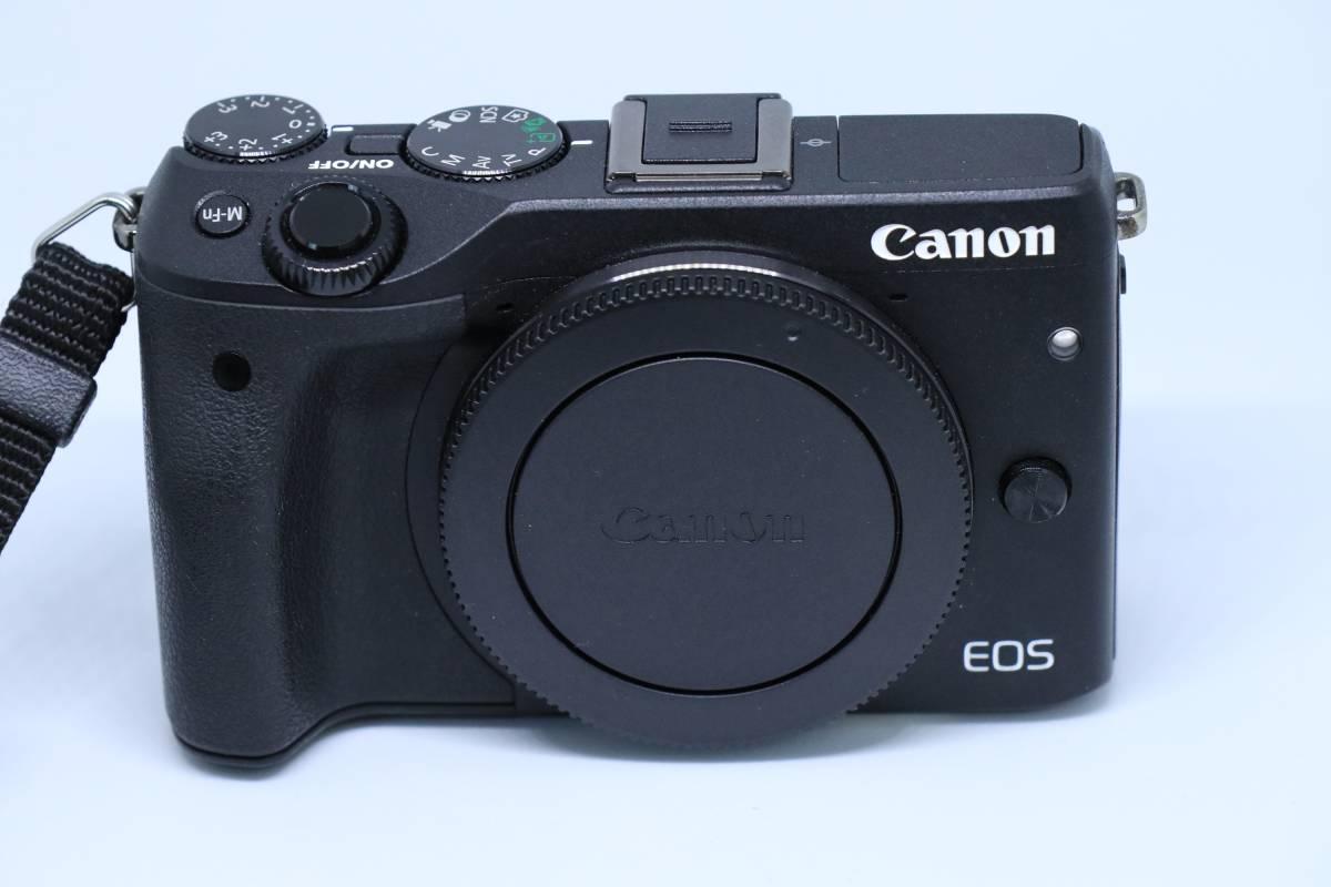 【送料込】キャノン CANON EOS M3本体 ハンドストラップ、純正予備バッテリー付