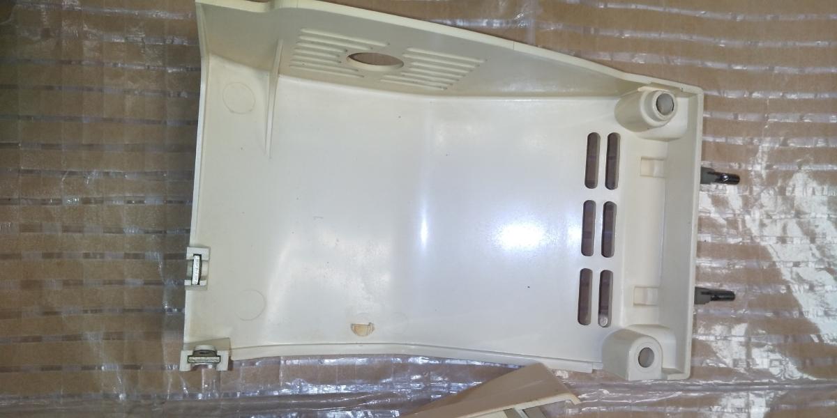 MM025 BROTHER ブラザーミシン 部品 パーツ 本体カバー モーターカバー ベルトカバー _画像4