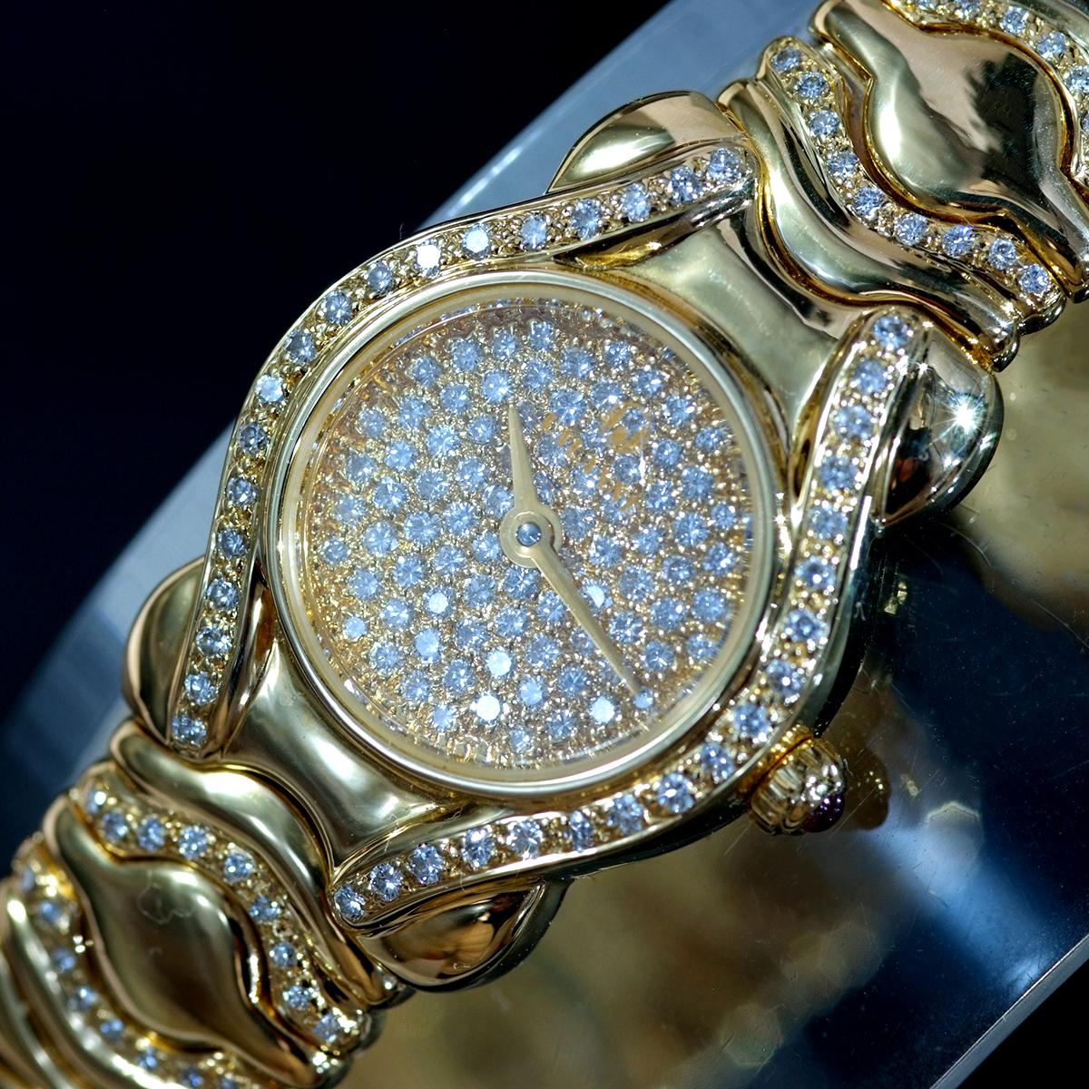 F0376【LALANNE】天然絶品ダイヤモンド ルビー 最高級18金無垢セレブリティレディQZ 腕周り18cm 重量68.0g ケース幅20.0mm_画像2