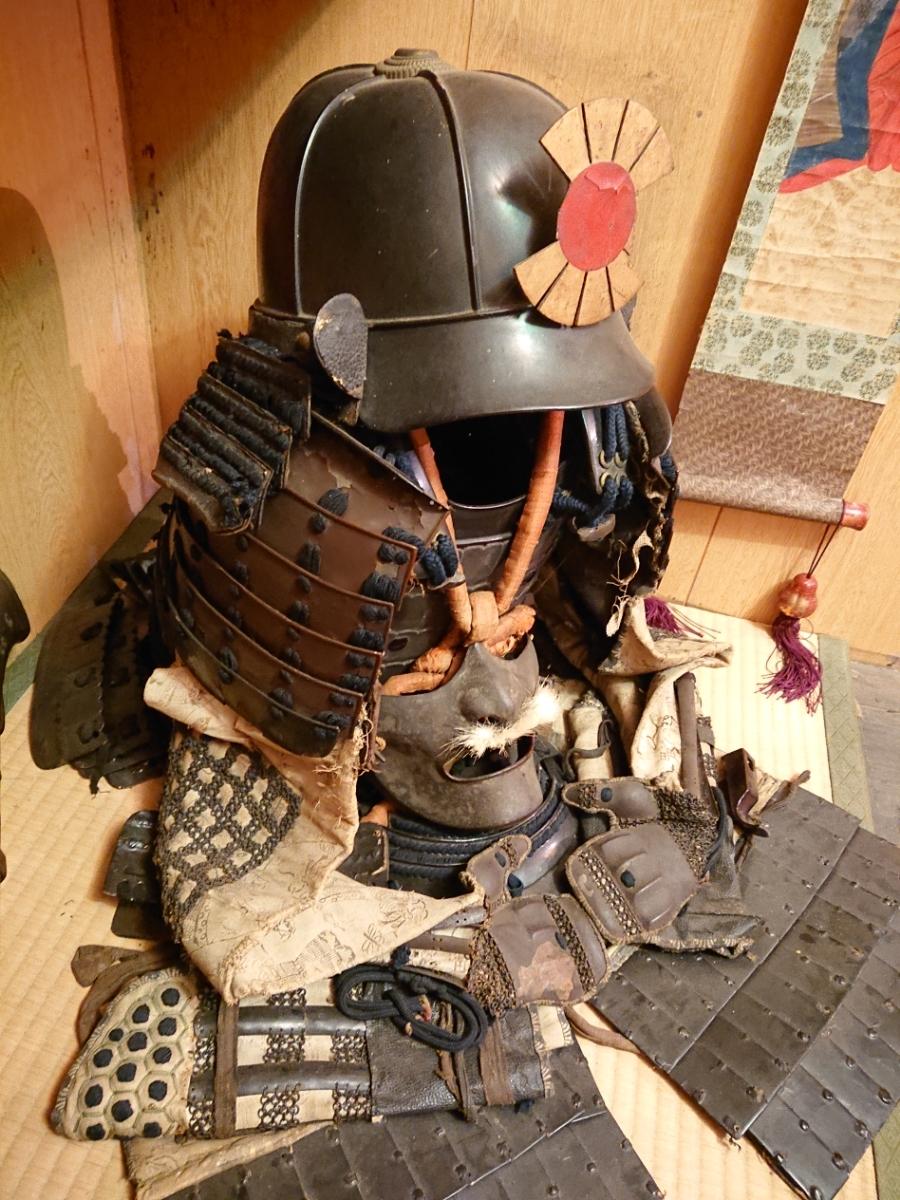 江戸時代 中期 保証 甲冑 鎧 当世具足 鎧兜 一式 鎧櫃 状態良好 _画像3