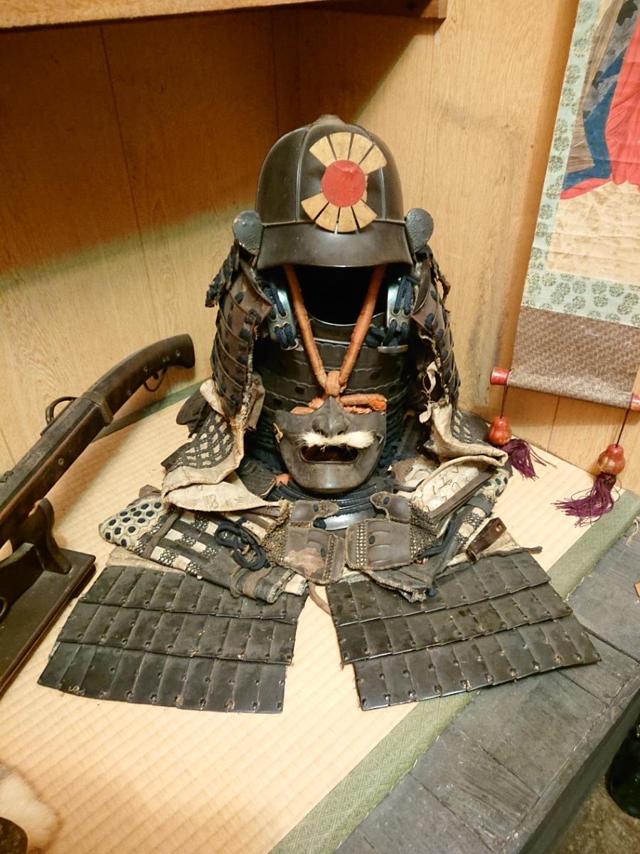 江戸時代 中期 保証 甲冑 鎧 当世具足 鎧兜 一式 鎧櫃 状態良好 _画像1