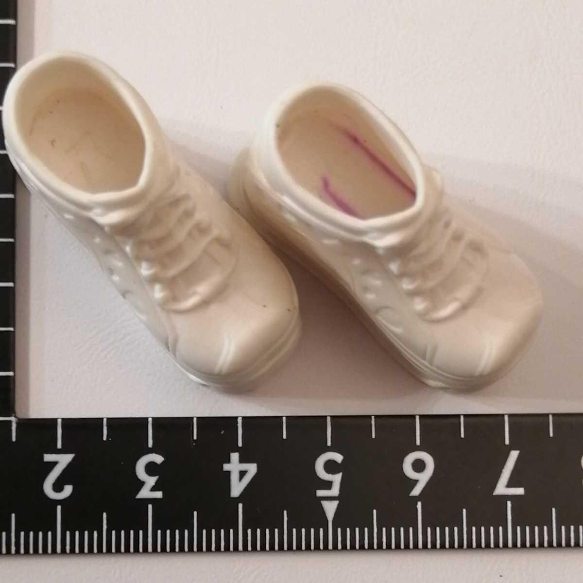 人形用 白 ホワイト ハート 厚底 ブライス リカちゃん ピュアニーモ スニーカー momokodoll着用可能 靴 シューズ 1/6ドール 靴下ok_画像3