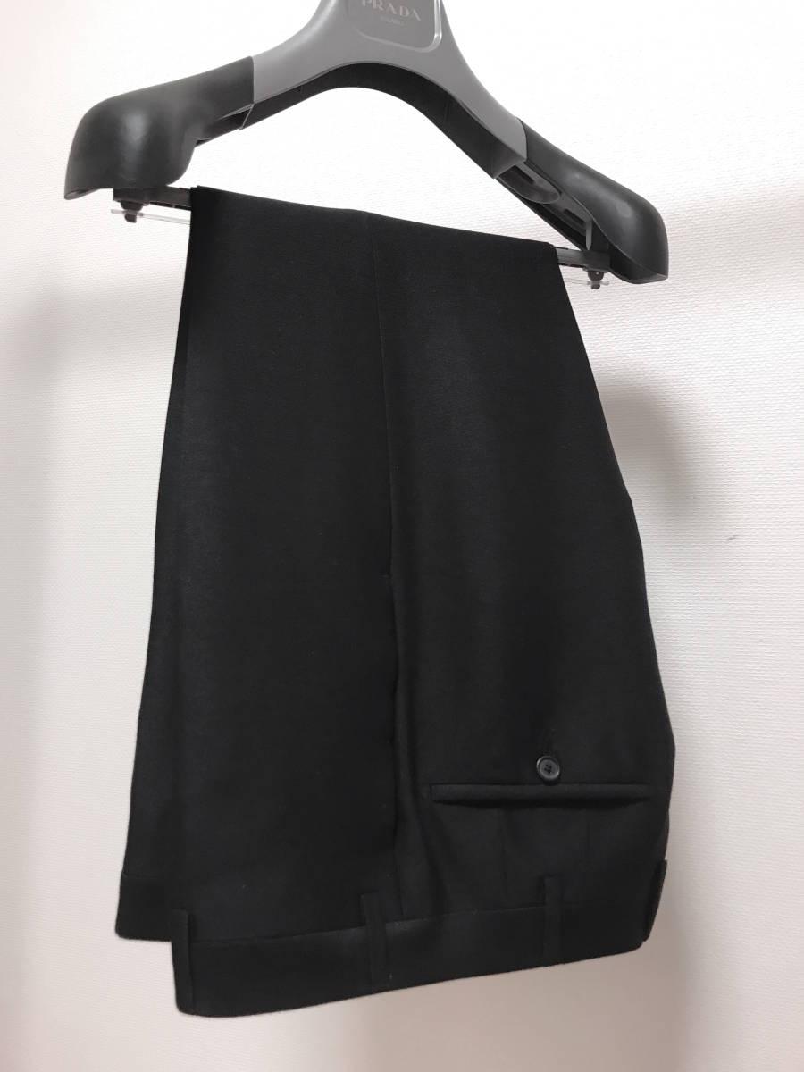 超破格 参考上代40万 新品 PRADA プラダ スーツ 黒 送料無料 冠婚葬祭 ビジネス 純正スーツケース 純正ハンガー ブラック 2B suit メンズ_画像4