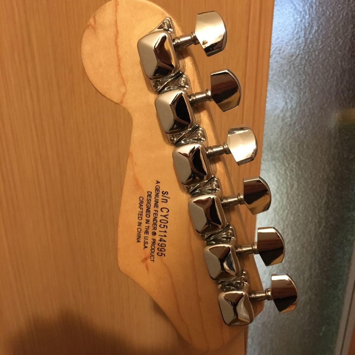 Squier by Fender ストラトキャスター エレキギター Bullet Strat with Tremolo, Rosewood Fingerboard, Black_画像4