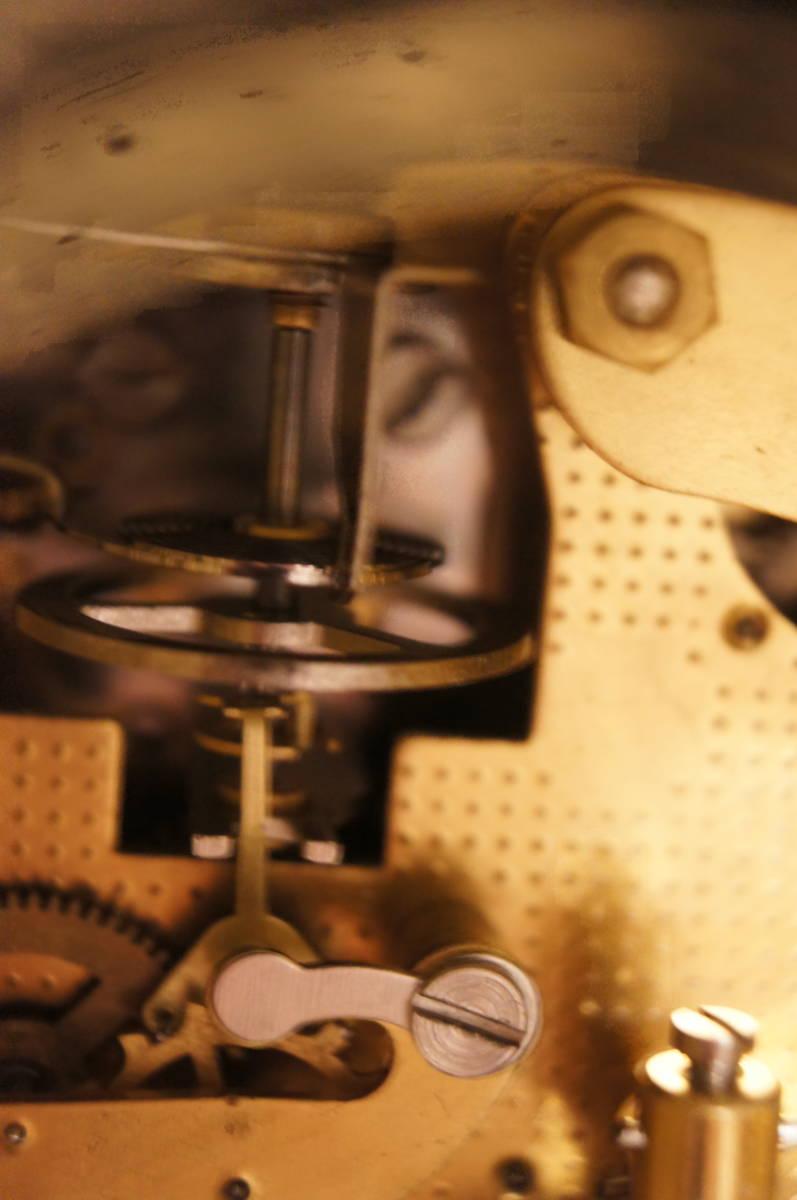 イタリア製  インペリアル オルモルブロンズ 手書き磁器(作者のサイン有り) 装飾時打ち8日巻きテンプ式置き時計可動品_画像9