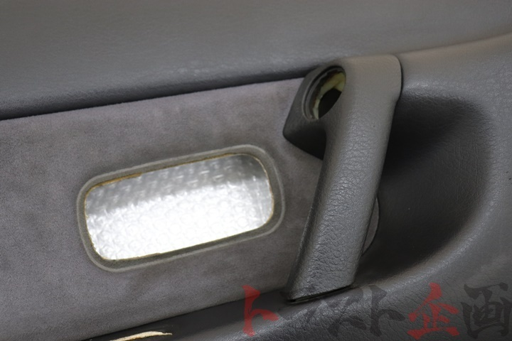3962218 フロント ドア内張り 助手席側 スカイライン GTS-4 HCR32 後期 2ドア トラスト企画_画像5