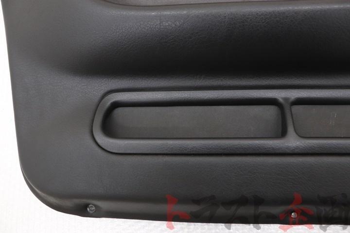 3962218 フロント ドア内張り 助手席側 スカイライン GTS-4 HCR32 後期 2ドア トラスト企画_画像9
