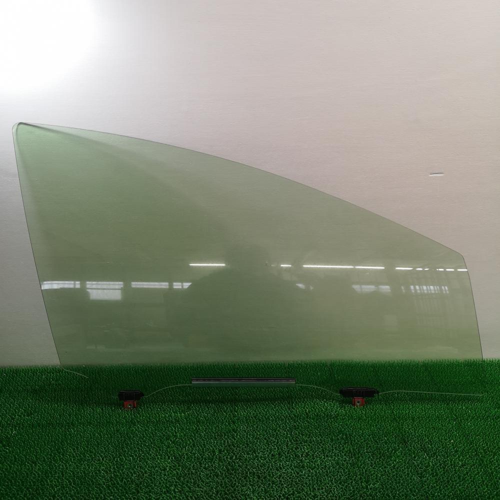 NHP10 後期【ドアガラス フロント 右側 ウィンドウ】H27 トヨタ アクア S (4.4万㌔) AQ7C_画像1