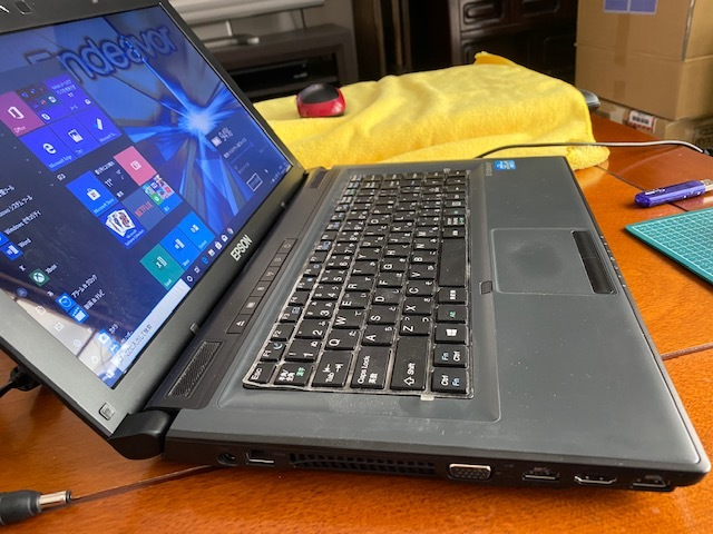 ③EPSON Endeavor NY2300S 14.0型光沢液晶 Corei5-3210M @2.5GHz 増設8BG 高速SSD120GB 新品キーボード Microsoft Office365 2016付_画像5