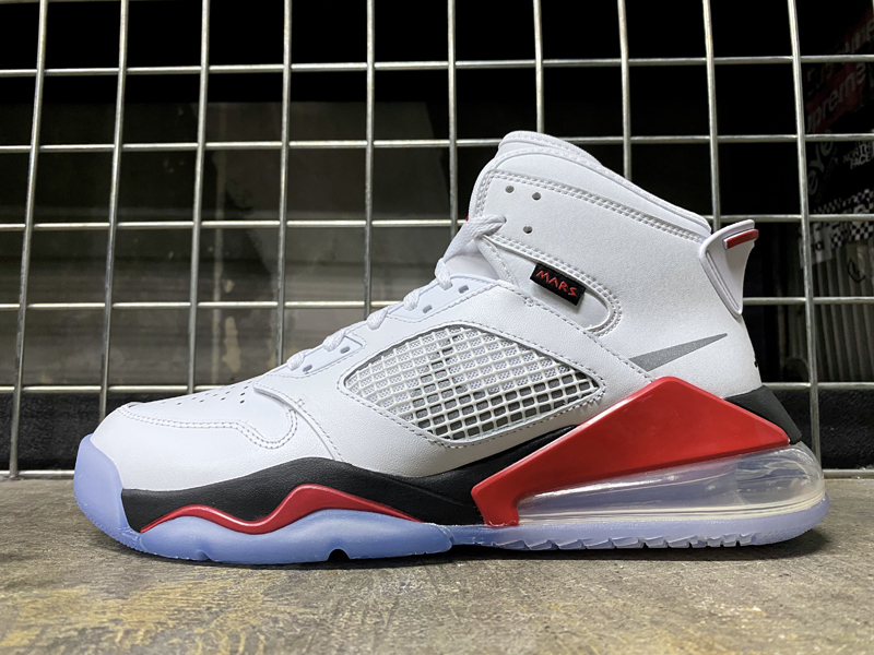 JP27cm 即完売 USA購入 NIKE JORDAN MARS 270 WHITE/BLACK-FIRE RED-CEMENT GRAY ナイキ ジョーダン マーズ 270 US9_画像4