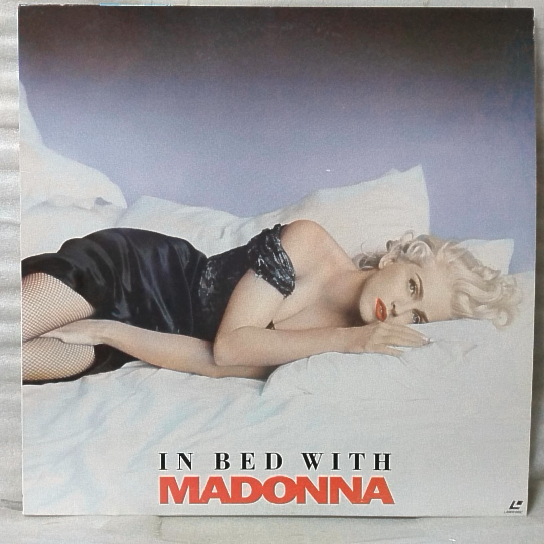 LD MADONNA ON BED WITH ★LIKE A VIRGIN / VOGUE etc 収録 ★ マドンナ ドキュメンタリー ★ レーザーディスク [4082RP_画像1
