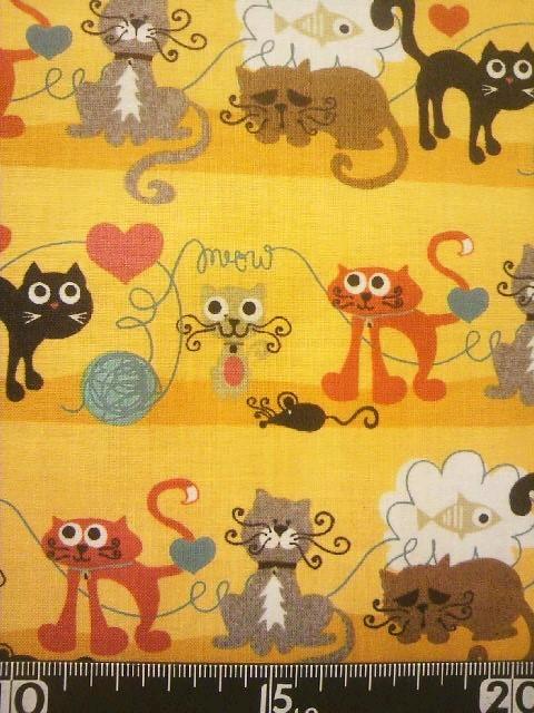 ★新品★USAコットン★moda★カットクロス★黄色地いろいろな猫柄★_画像1