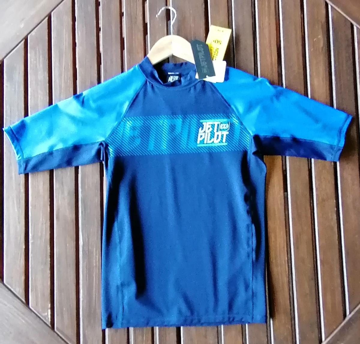 ★☆新品 店頭販売品 JETPILOT ラッシュガード S17502 半袖 サイズM ブルー☆★_画像1