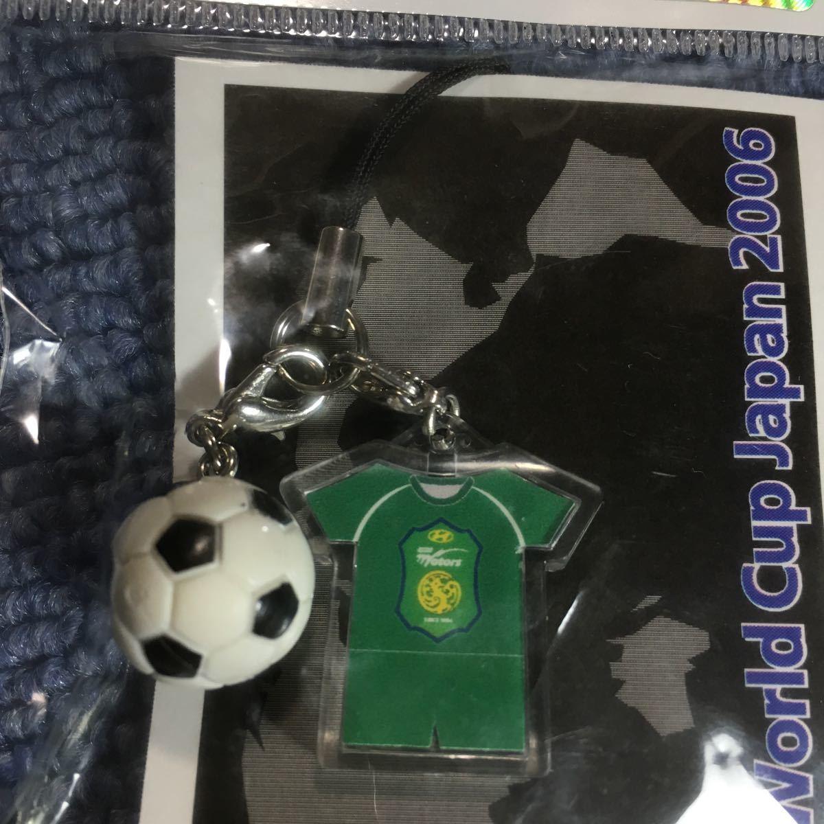 FIFA クラブワールドカップ 2006 韓国 全北現代モータース 携帯ストラップ ユニフォーム ボール_画像3