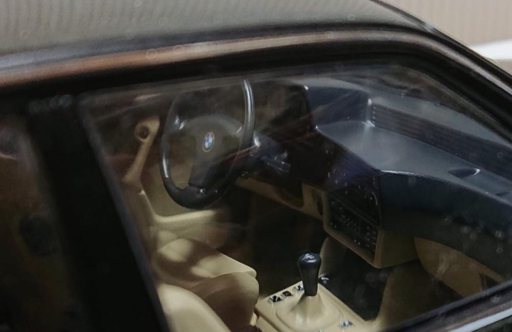 AUTOart 1:18 BMW 635 CSI 中古・現状_画像4