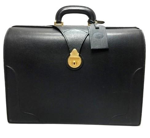 圧巻の迫力☆美品 バーバリー BURBERRY ダレスバッグ/フルレザー ブラック W42.5×H31×D15(3751)