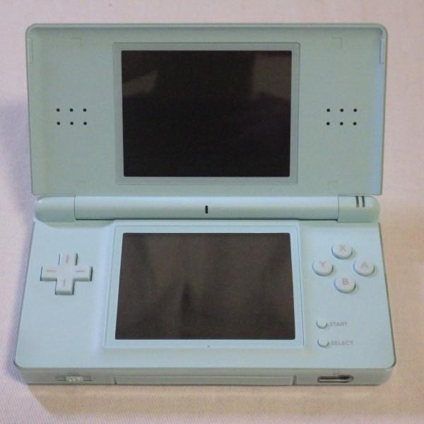 Nintendo/任天堂 DS Lite ライト+ソフト3本付き USG-001 アイスブルー ゲーム機 動作確認済み 60_画像3