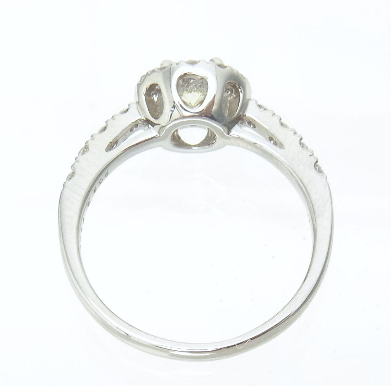 送料込みの即決価格 中央宝石研究所鑑定済 天然ダイヤモンド 0.505ct プラチナ製リング 人気デザイン これは安い 卸価格でご奉仕_画像4
