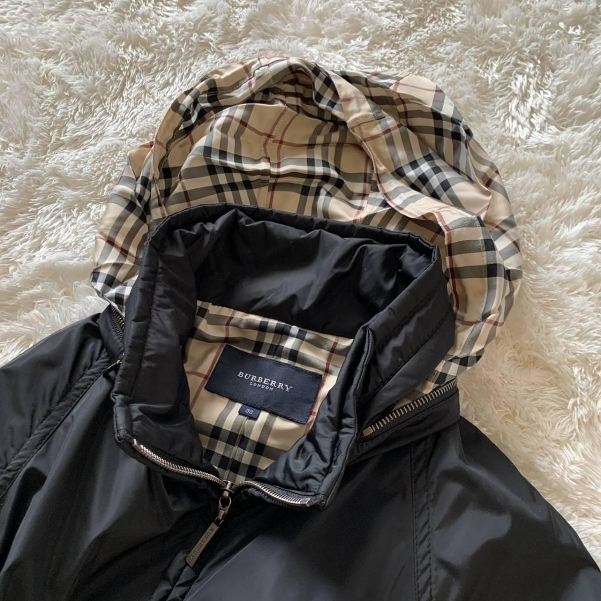 極美品 バーバリーロンドン ナイロン ジャケット ブラック 黒 38 レディース ブルゾン MA-1 フード付き ノバチェック BURBERRY LONDON_画像7