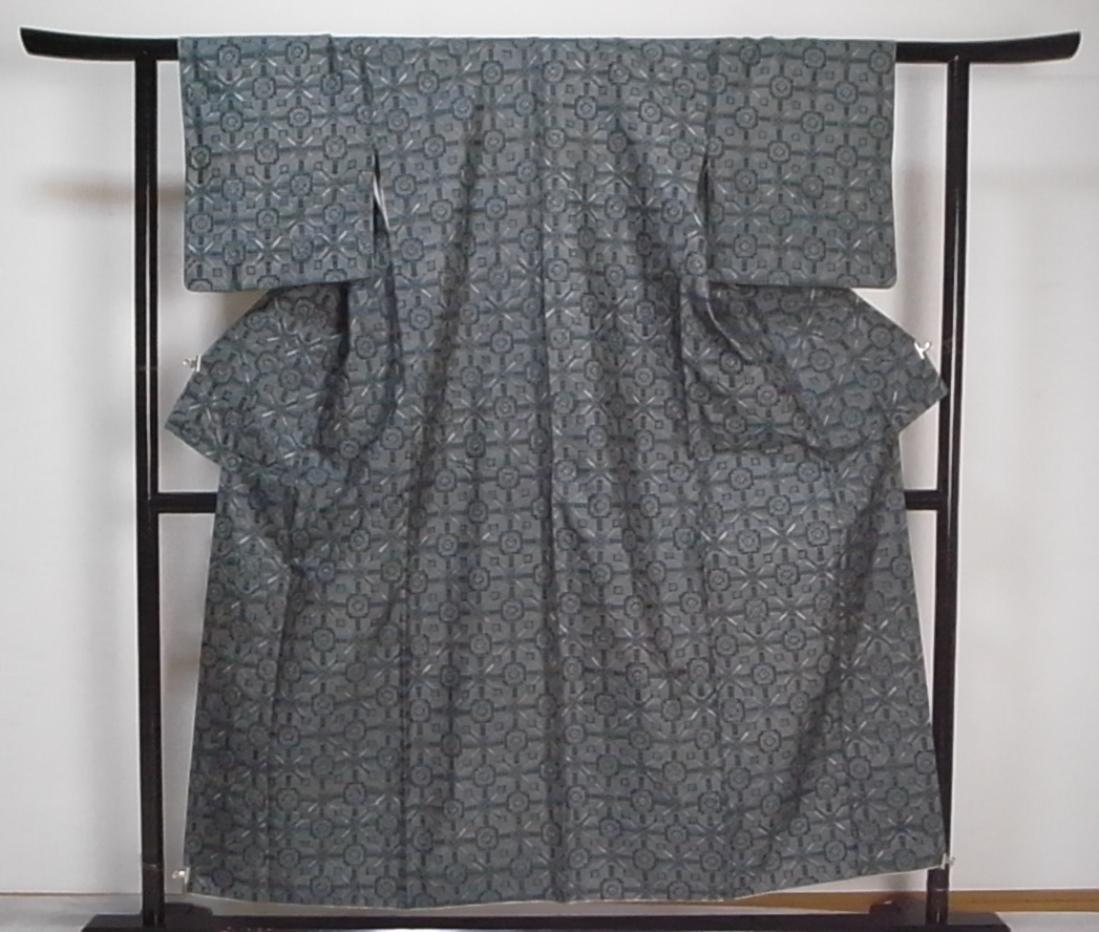 【着物のちさと屋】C251 着物・紬 長着・羽織セット 袷 正絹紬織 渋緑色地・大島菱柄織模様 リメイク素材 or 練習着に・・・_着物