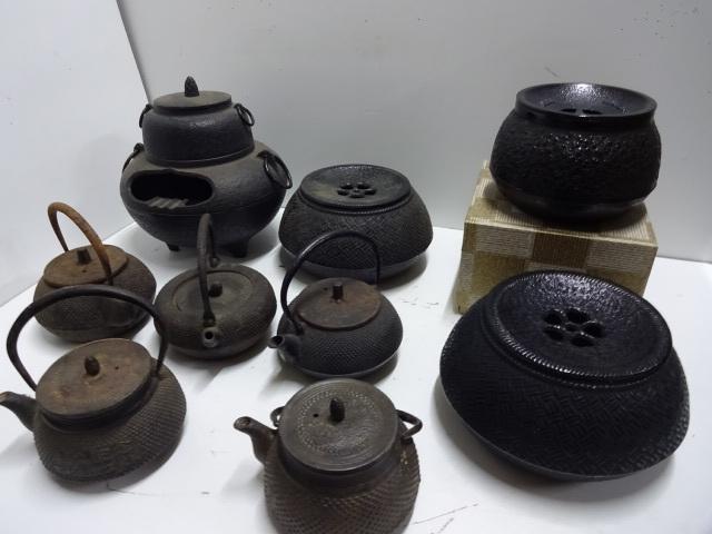 南部鉄器 鉄瓶(急須)5個 茶こぼし3個 灰皿(花飾り)など