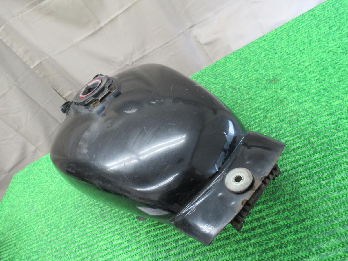 ホンダ マグナ50 AC13-102093 ガソリンタンク #5-6 9_画像2