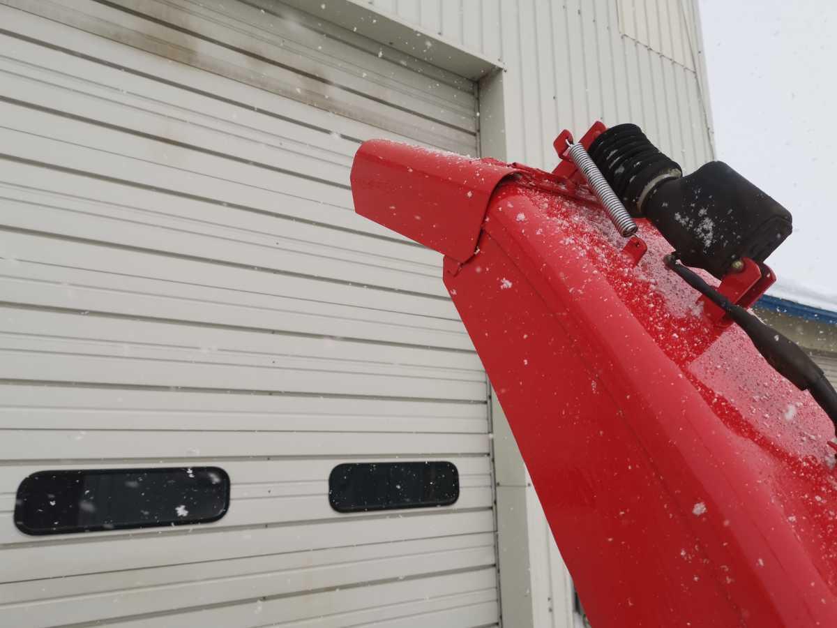 ワドー スノーブロワー ST2100u 除雪機 北海道札幌近郊より 除雪車 トラクター タカキタ スノーラッセル_画像8
