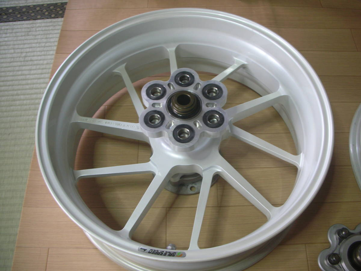 ★ZRX1200R用 GALE SPEED TYPE-R(パール)前後セット★