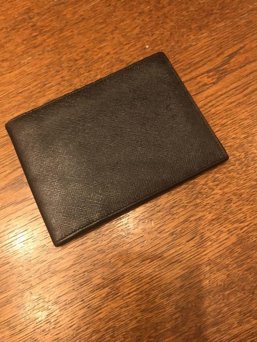 プラダ PRADA 二つ折り財布 ブラック カード_画像3