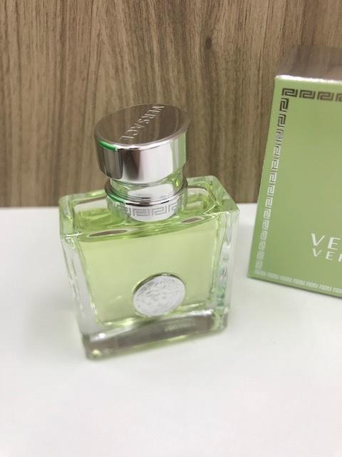 ☆5549Y☆ 新品 ヴェルサーチ ヴェルセンス オーデトワレ 30ml 香水 VERSACE VERSENSE EDT/SP_画像3